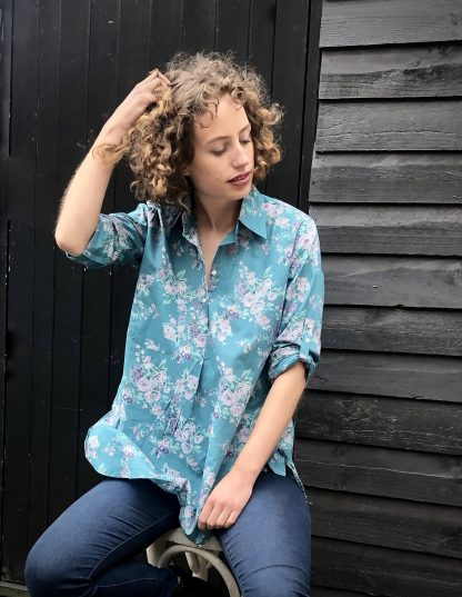 Gracie Shirt in Vintage Rose Pacific Blue